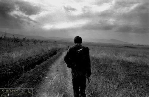 A soldier from the Karabakh army makes his way toward the front line in Martakert, Karabakh. August 1994. Photo: Edmond Terakopian