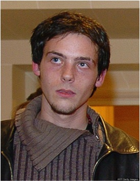 February 22, 2012, photojournalist Remi Ochlik was killed in Homs, Syria. Evidence from eye witnesses, including London Sunday Times photographer Paul Conroy who was working with Marie, said that they had been deliberately targeted.