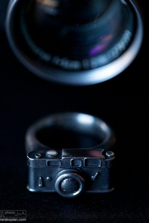 The Leica Shot ring by Florian Huhoff. October 22, 2013. Photo: ©Edmond Terakopian