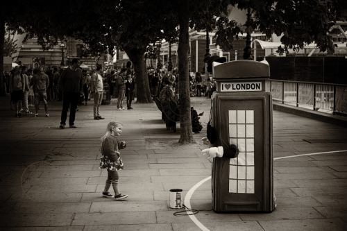 Life along London's South Bank. June 27, 2013. Photo: ©Edmond Terakopian