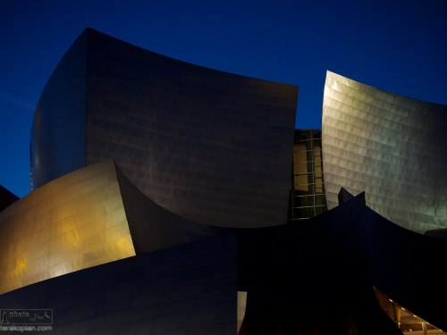 The Walt Disney Concert Hall, 111 South Grand Avenue in Downtown of Los Angeles, California, is the fourth hall of the Los Angeles Music Centre and was designed by Frank Gehry. January 17, 2014. Photo: Edmond Terakopian