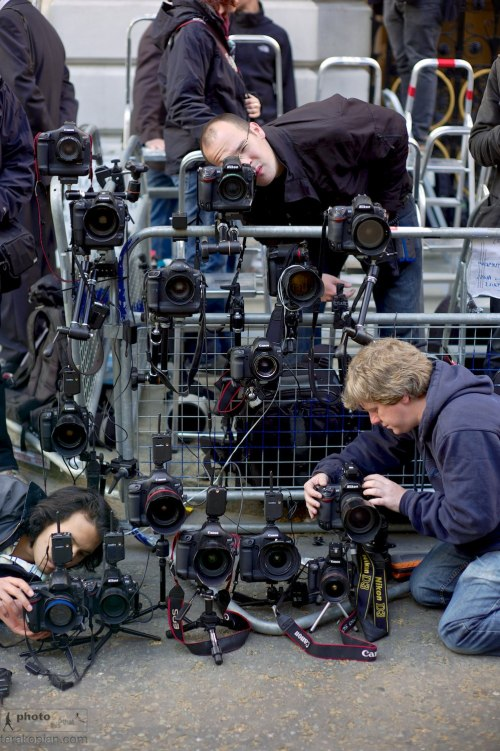 State visit to Britain by US President Barack Obama.  Photographers setting up remote cameras in order to get a second angle to their shooting positions. Downing Street, London. May 25, 2011. Photo: Edmond Terakopian