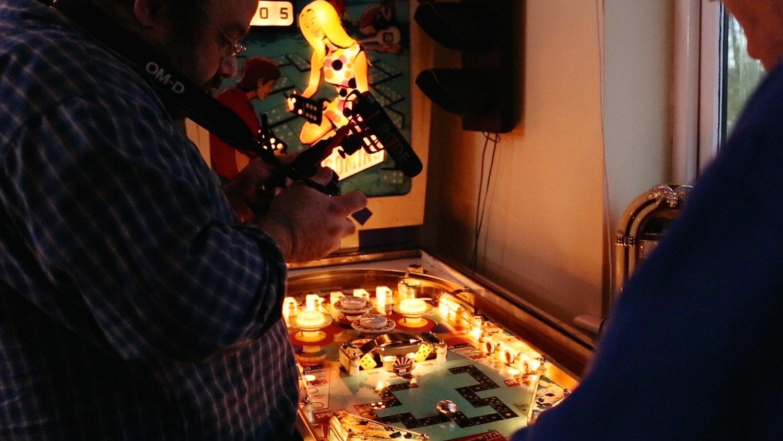 1 Sixpence 1 Play pinball film frame grabs. Photo: Magda Rakita