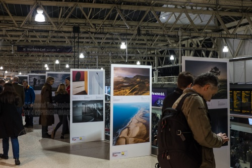 The Landscape Photographer of the Year exhibition at London's Waterloo Station, Mezzanine level. December 01, 2014. Photo: Edmond Terakopian