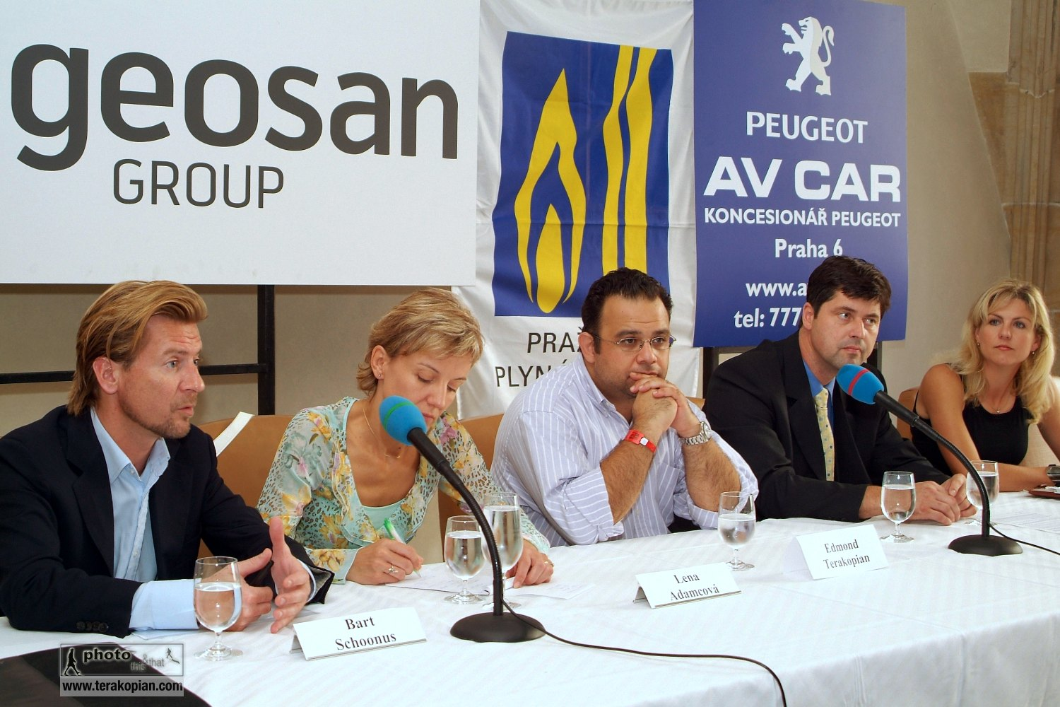 Press Conference. In Prague to recieve the Prize of Prague and view my solo exhibition which was part of the prize. September 2006. Photo: FotoPajer