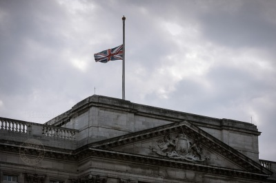 Terrorist suicide bombing of London.  The Union Flag flies at half mast at Buckingham Palace follwing the request of the Queen in memory of the victims who lost their lives in the morning's terrorist attacks. July 07, 2005. Photo: Edmond Terakopian