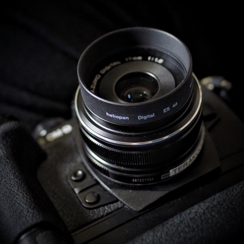 The Heliopan 46mm short metal hood fitted to my Olympus M.Zuiko 17mm f1.8. Photo: Edmond Terakopian